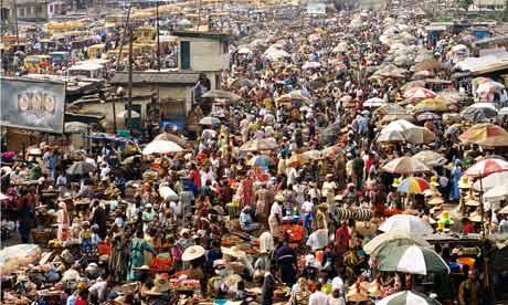 Die Millionenmetropole Lagos ist zur zweitgrößten Stadt des Kontinents angewachsen