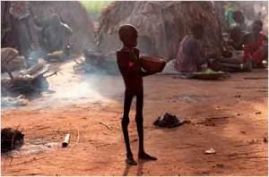 Flüchtlingslager in Ajiep: Naben den klimatischen Gegebenheiten trägt auch die anhaltende Flüchtlingsproblematik zur gegenwärtigen Lebensmittelknappheit im Südsudan bei - Foto: Rich Addicks