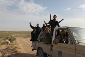 Die Freude über den Sieg gegen das System Gaddafi droht in manchen Regionen alten Rivalitäten zu weichen - Copyright: Al Jazeera English