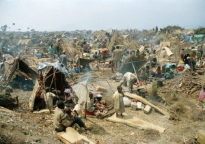 Rwandan refugees set up camps outside Goma in 1994, Copyright: UN Photo by J. Issac