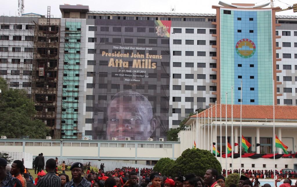 Die Erinnerung an Ghanas verstorbenen Präsidenten John Atta Mills sind vor den anstehenden Wahlen noch nicht völlig verblasst. © Ghana Decides