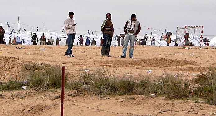 Warten in der Wüste © Mohamed Ali Mhenni