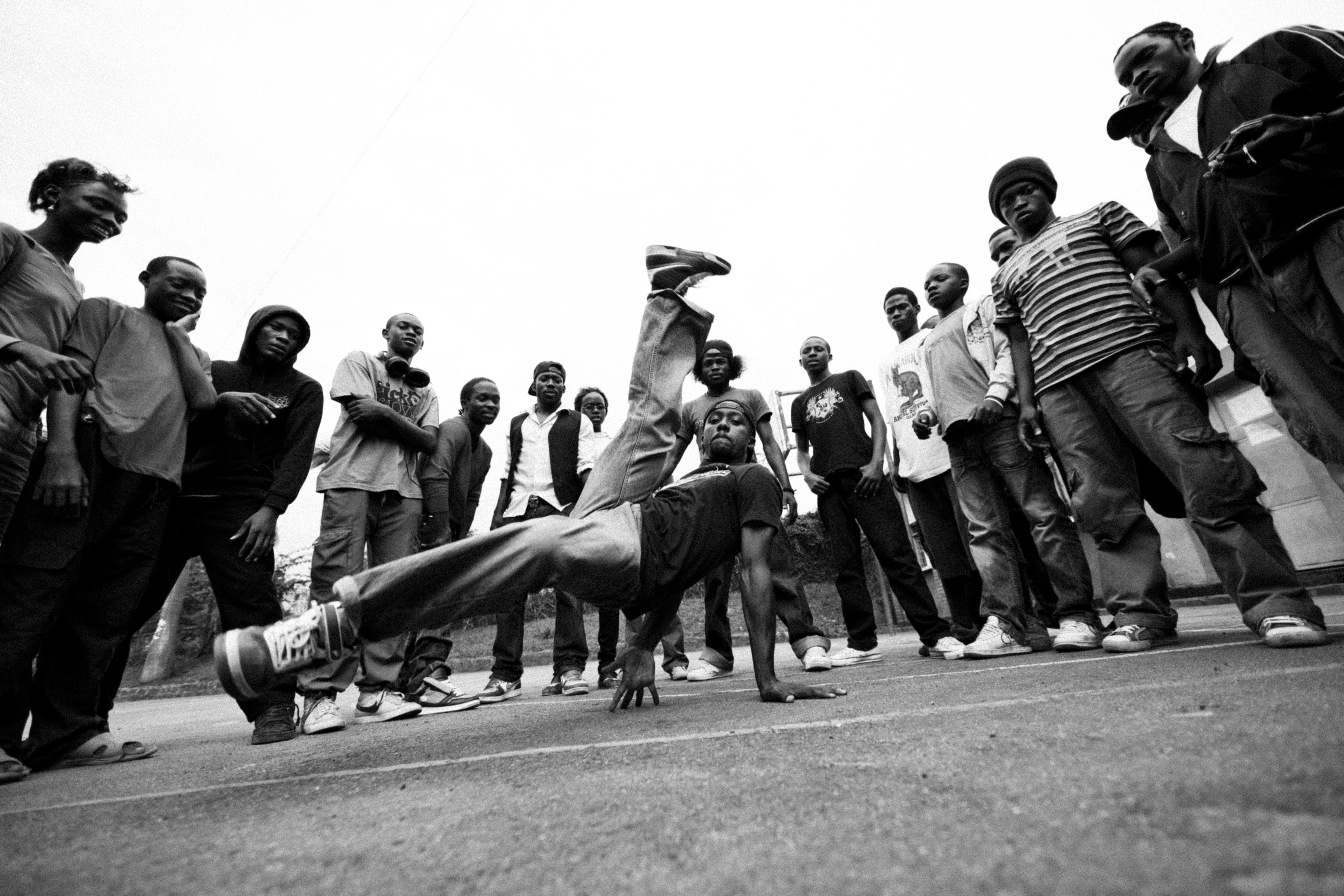 """Bouncing Cats"" – Award-winning documentary on Uganda's B-Boy culture"