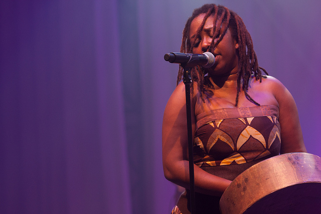 Chiwoniso Maraire, © Scott Penner