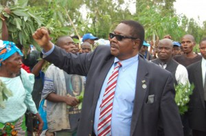 Peter Mutharika of the Democratic Progressive Party (DPP) was in first place in the electoral race © Mike Charles Banda