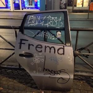 """Fremdenfeindlichkeit ist in Deutschland nicht nur ein Problem des rechtsextremen Spektrums. Aber was bedeutet """"Fremdsein"""" überhaupt? Foto: Udo (CC-BY 2.0)"""