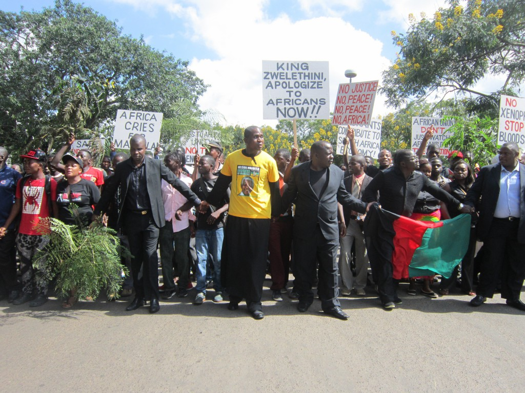 Protestants marching to present the petition (Photo by Tiyamike Mao Njanji)