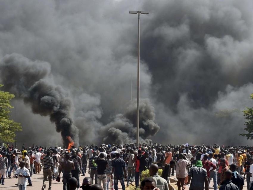 Burkina Fasos politischer Spießrutenlauf
